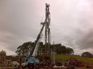 The Ensign Rig getting set up to drill Cheal -B7, TAG's follow-up to the highly successful B5 well. Cheal-B5 had the most extensive pay interval ever recorded by a Cheal well, and the highest flow rate recorded from from a Mt. Messenger well.